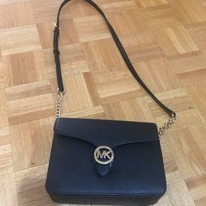 BNWT Michael kors side purse